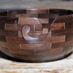 Dupuis-Claude-segmented-yarn-bowl