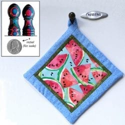 Ellis-Cynthia-5th-Magnetic_Fridge_DymondWood_MagneDots_&_QuiltedPotholder