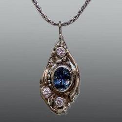 Kennedy-Kristin-necklace-blue stone