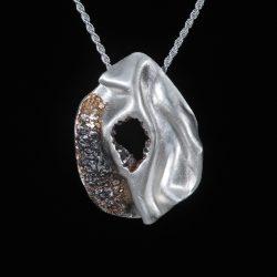 Kolb-Douglas-necklace 2